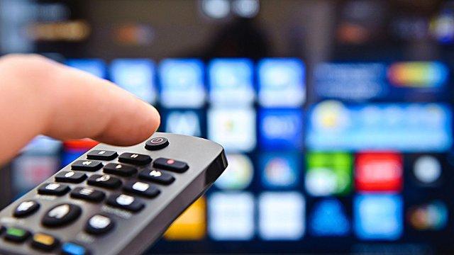 یادداشت؛ تلویزیون را چه کسی اداره میکند؟